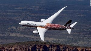 Tickets for Qantas flight to nowhere sell out in minutes